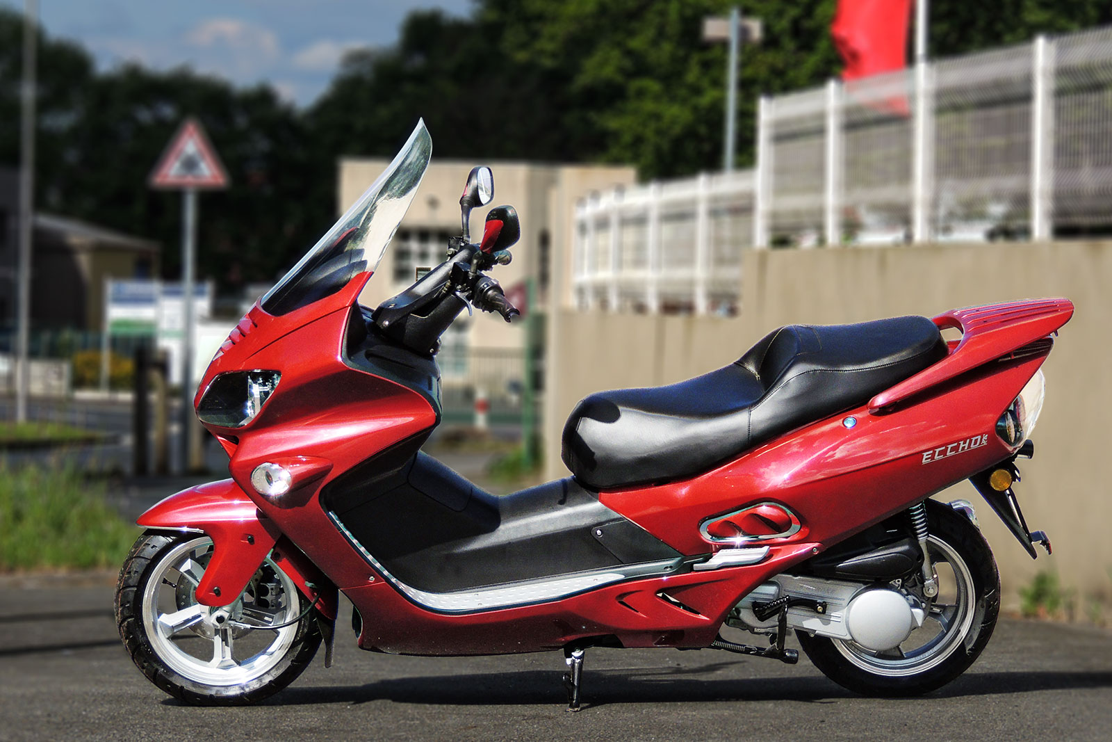 SCOOTER-125-ECCHO-GT-STAR-BORDEAUX-03