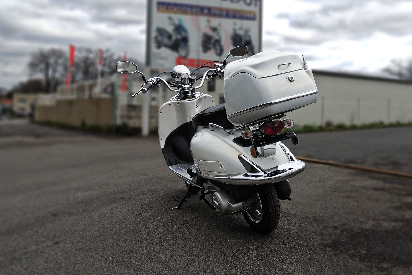 SCOOTER-125-ECCHO-CHOUPETTE-WHITE-SERIES-05