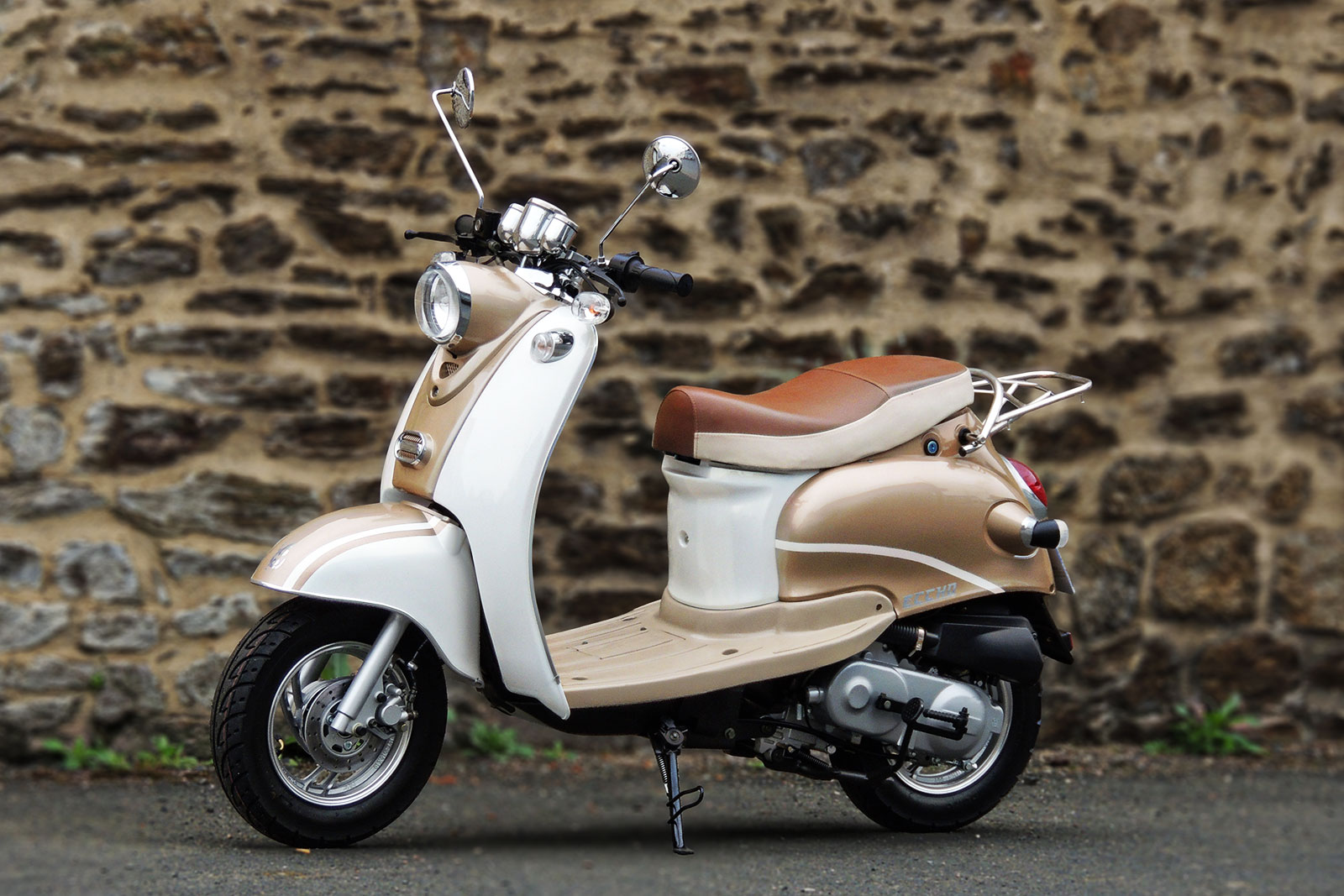 SCOOTER-50-ECCHO-RETRO-GOLD-02