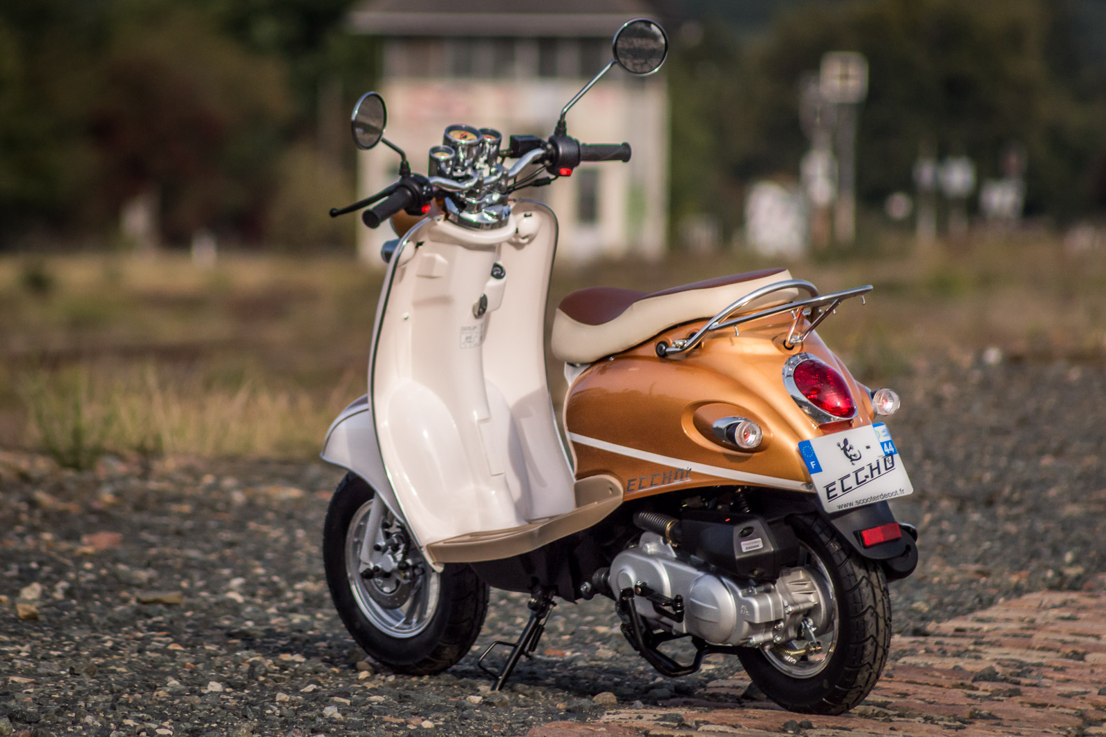 SCOOTER-50-ECCHO-RETRO-GOLDER-07