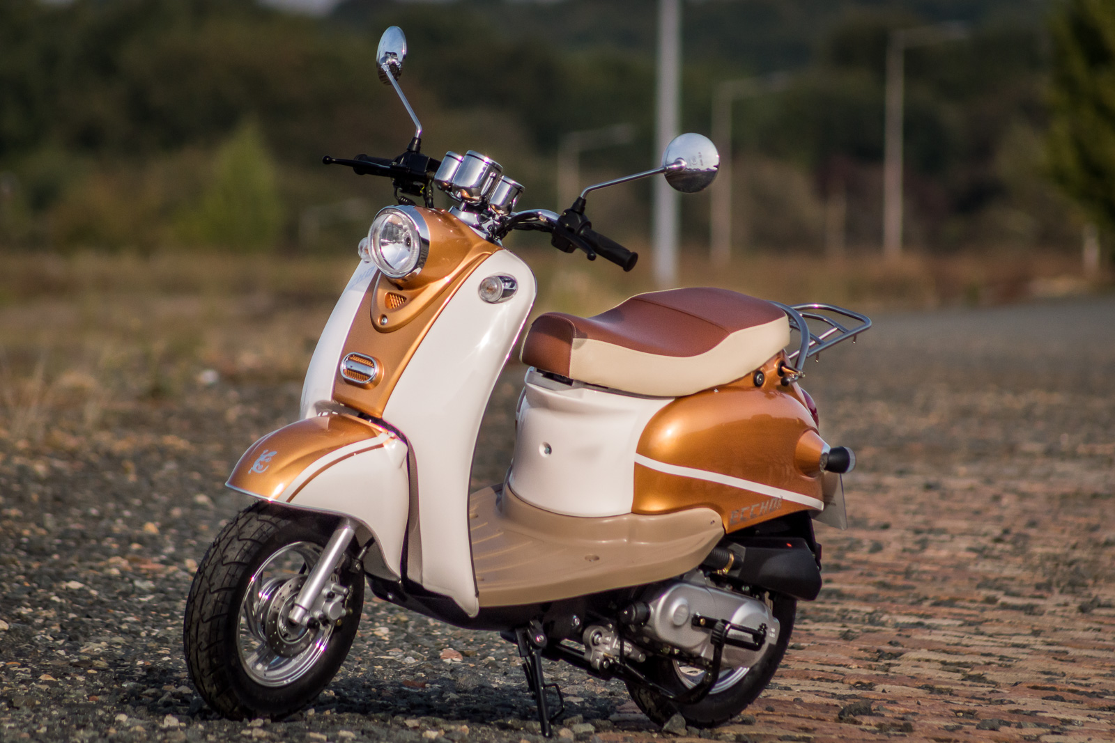 SCOOTER-50-ECCHO-RETRO-GOLDER-09