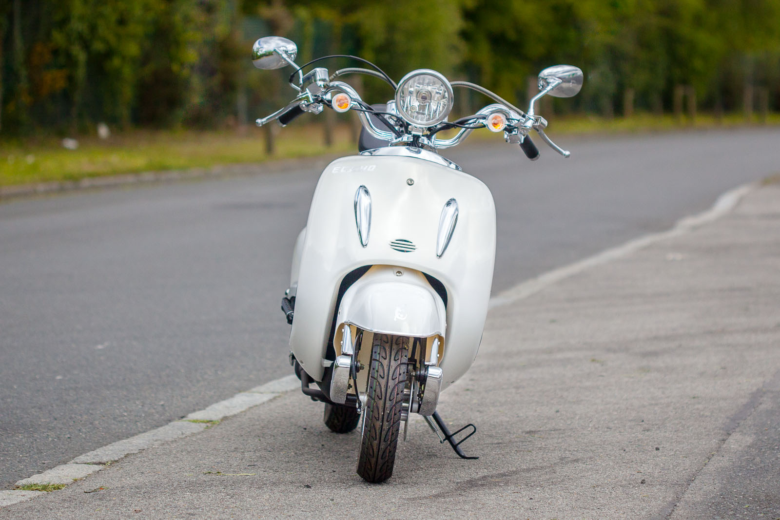 SCOOTER-50-ECCHO-CHOUPETTE-WHITE-SERIES-05